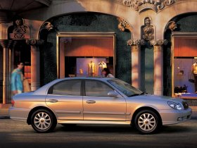 Ver foto 2 de Hyundai Sonata 2001