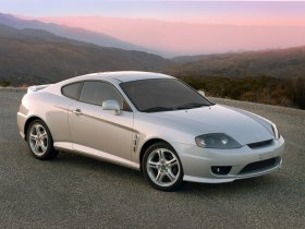 Ver foto 4 de Hyundai Tiburon 2005
