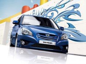 Ver foto 2 de Hyundai Verna 2009