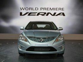 Ver foto 10 de Hyundai Verna 2010