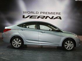 Ver foto 7 de Hyundai Verna 2010