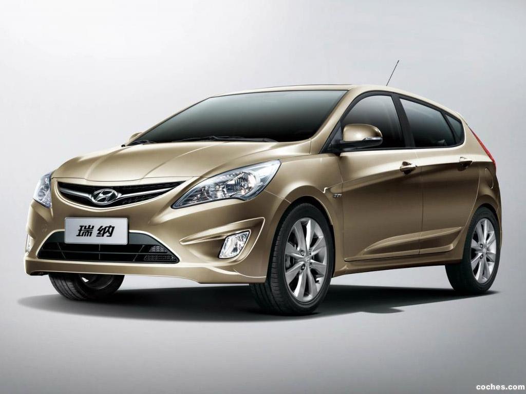 Foto 0 de Hyundai Verna 5 puertas 2010