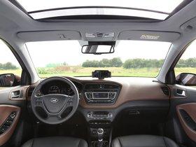 Ver foto 13 de Hyundai i20 (IB) 2014