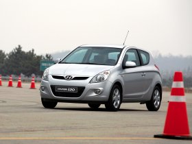 Ver foto 2 de Hyundai i20 3 puertas 2009