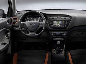 Ver foto 7 de Hyundai i20 Coupe 2015