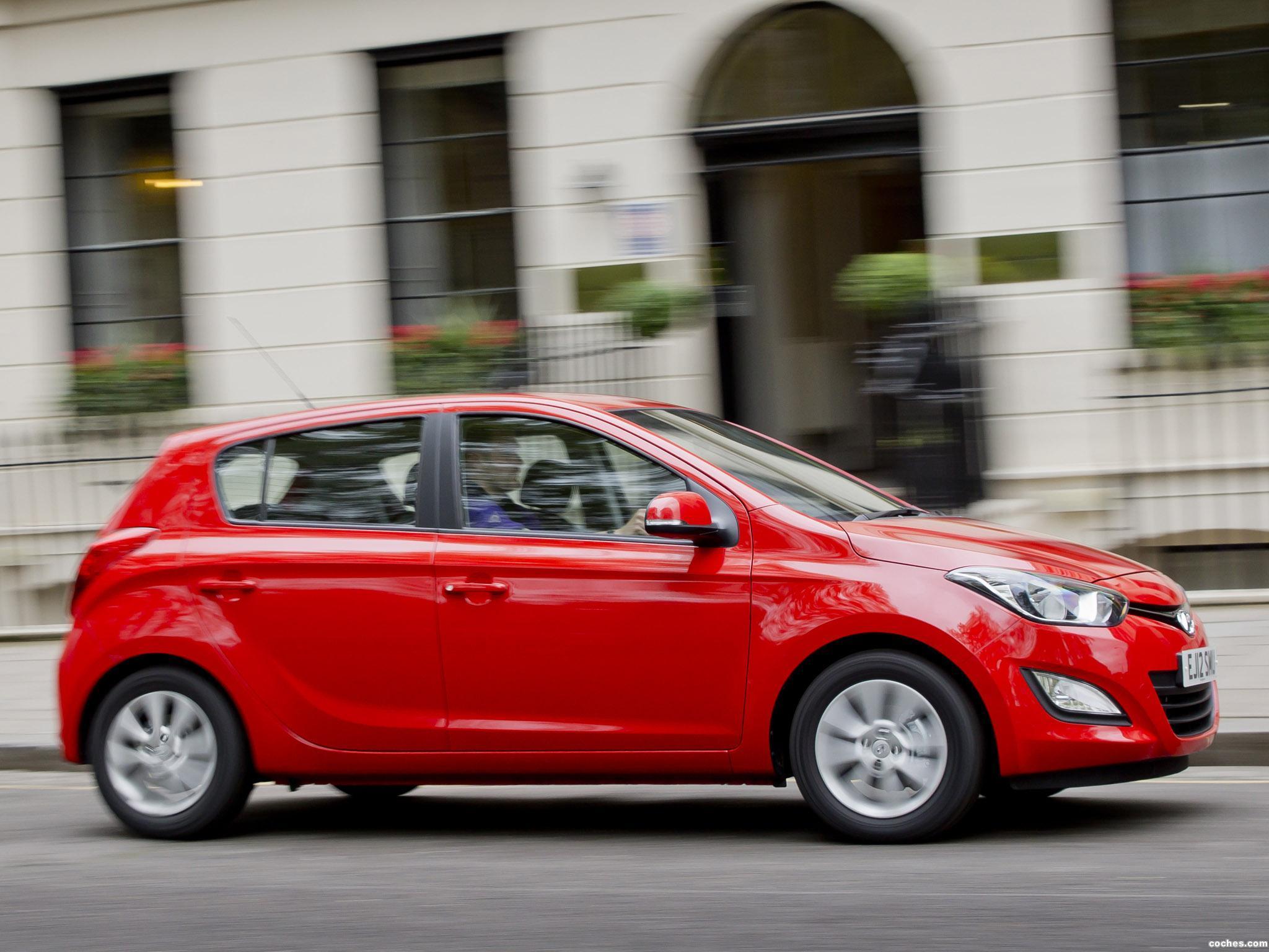 Foto 3 de Hyundai i20 UK 2012