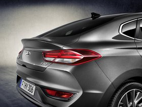 Ver foto 33 de Hyundai i30 Fastback 2017