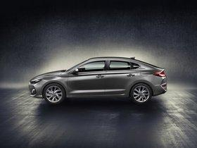 Ver foto 4 de Hyundai i30 Fastback 2017