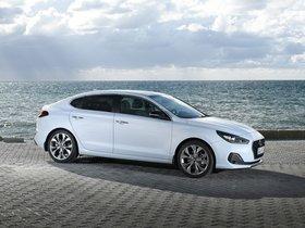 Ver foto 14 de Hyundai i30 Fastback 2017