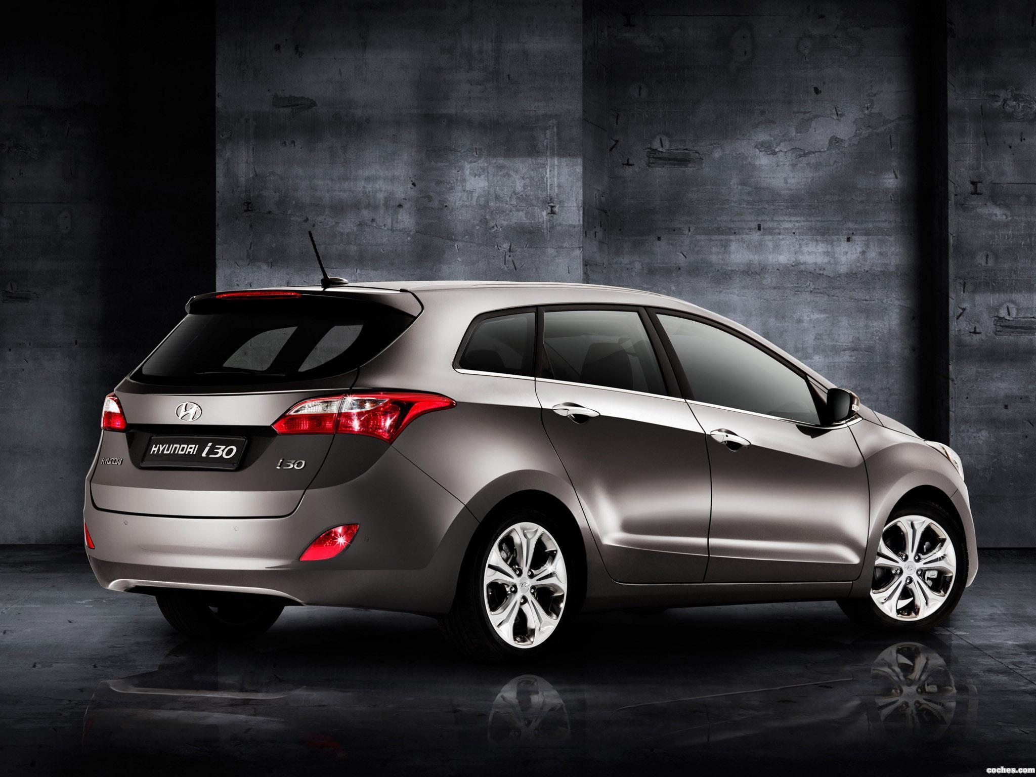 Foto 0 de Hyundai i30 CW 2011