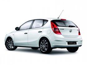 Ver foto 2 de Hyundai i30 White Edition 2008
