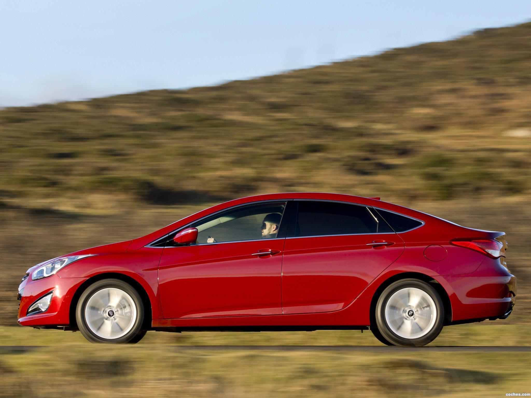 Foto 9 de Hyundai i40 Sedan UK 2012