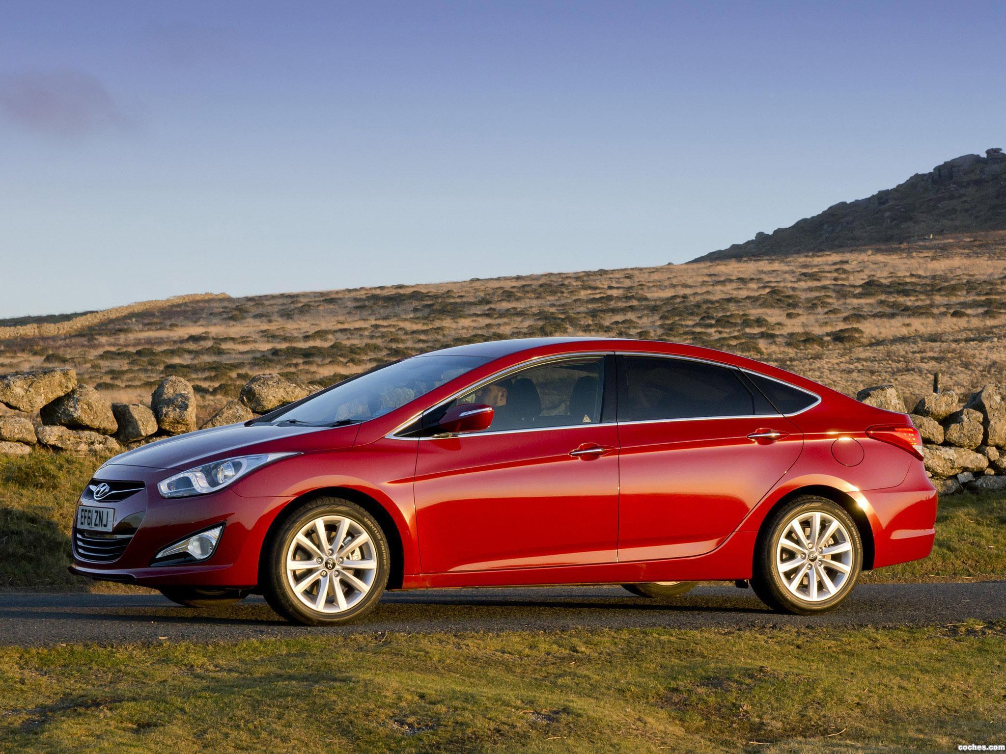 Foto 4 de Hyundai i40 Sedan UK 2012