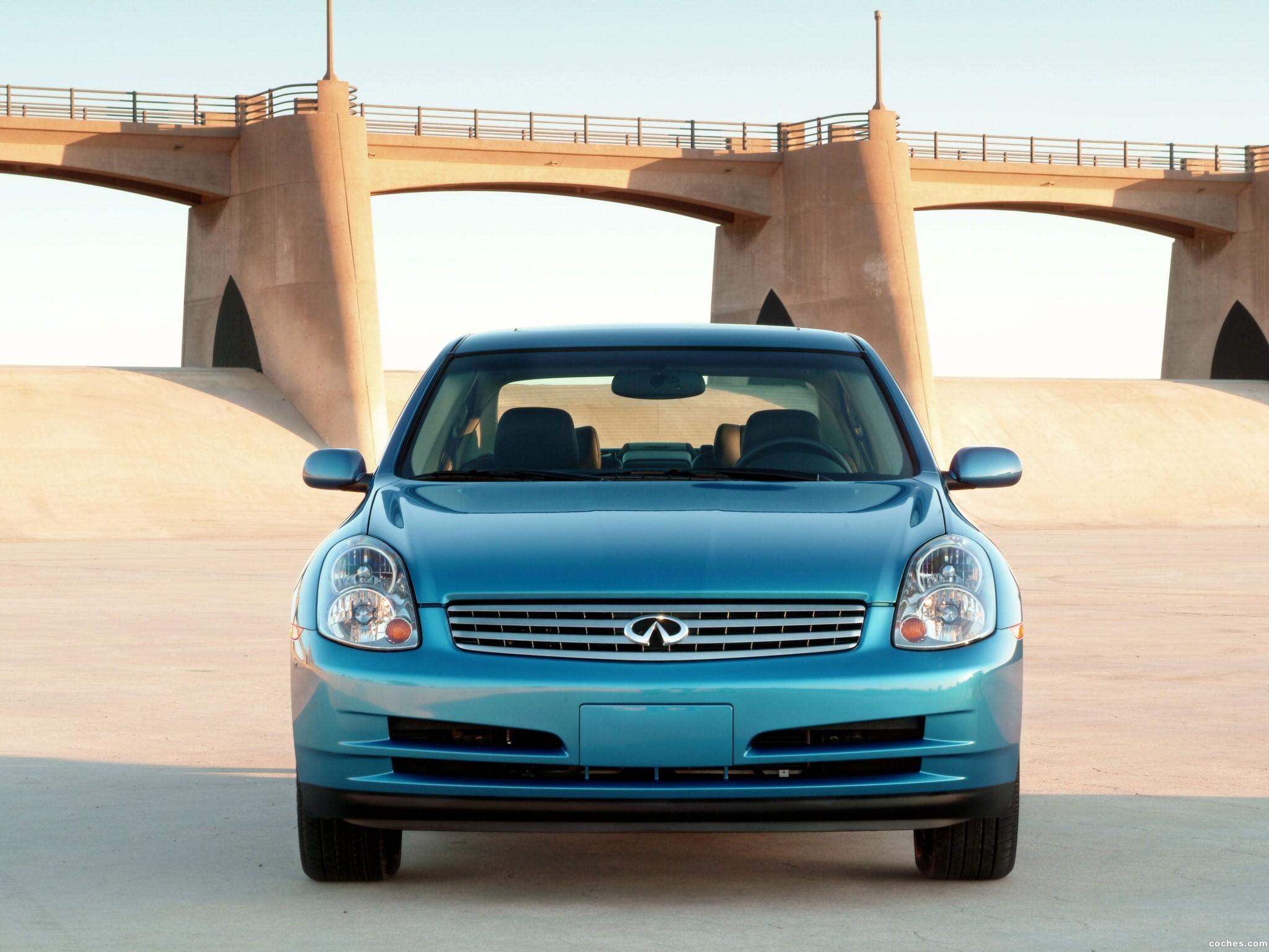 Foto 2 de Infiniti G35 Sedan 2003