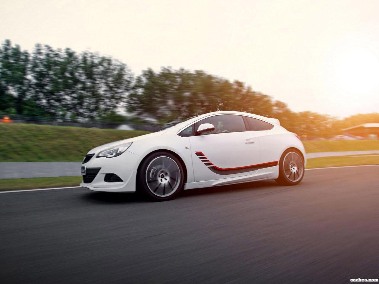 Foto 1 de Irmscher Opel Astra GTC Turbo I 1400 2014