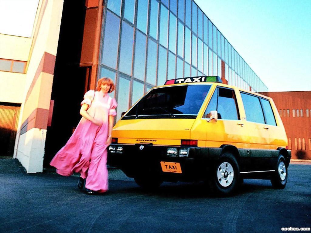 Foto 1 de New York Taxi Concept italdesign 1976