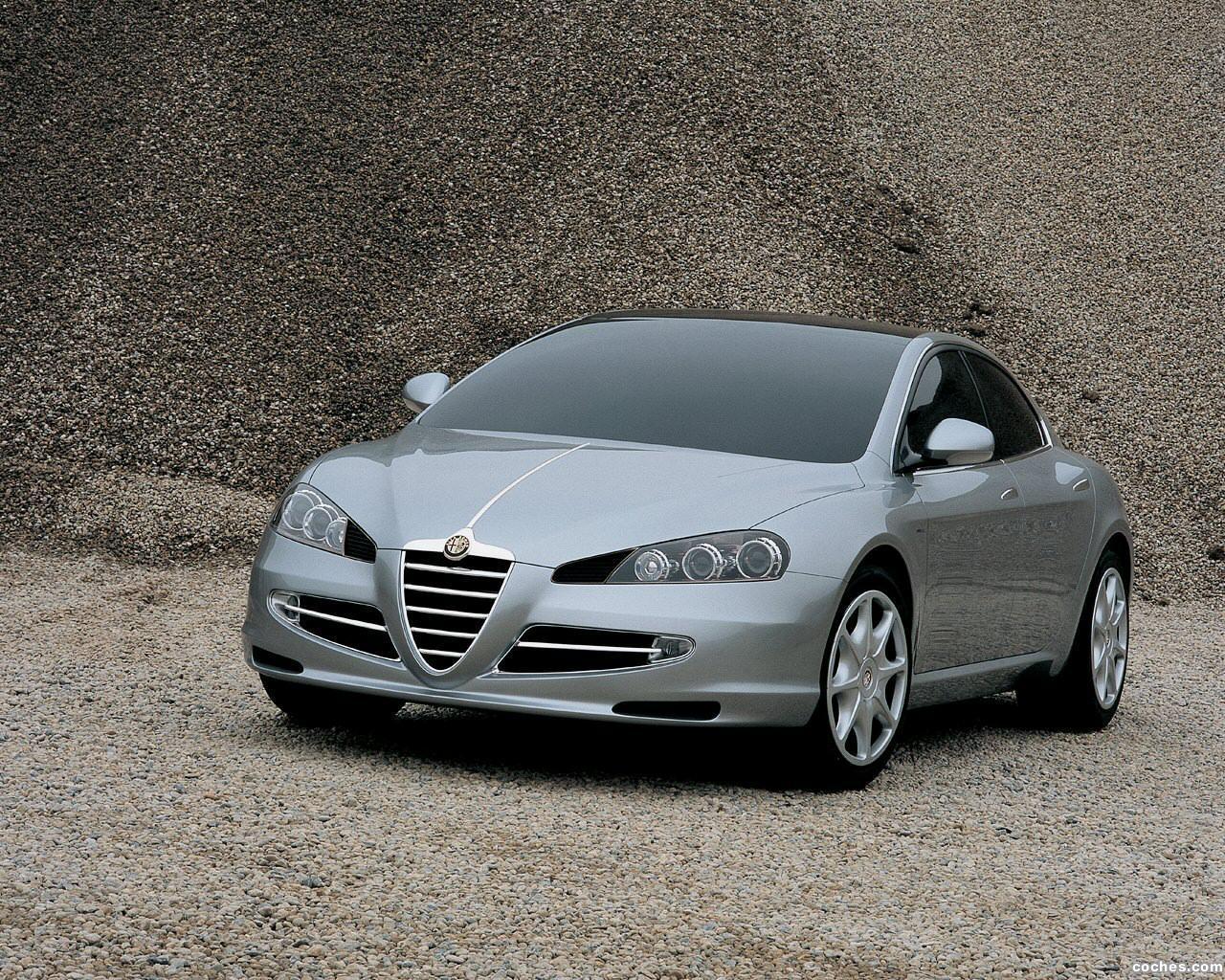 Foto 0 de Italdesign Alfa Romeo Visconti 2004