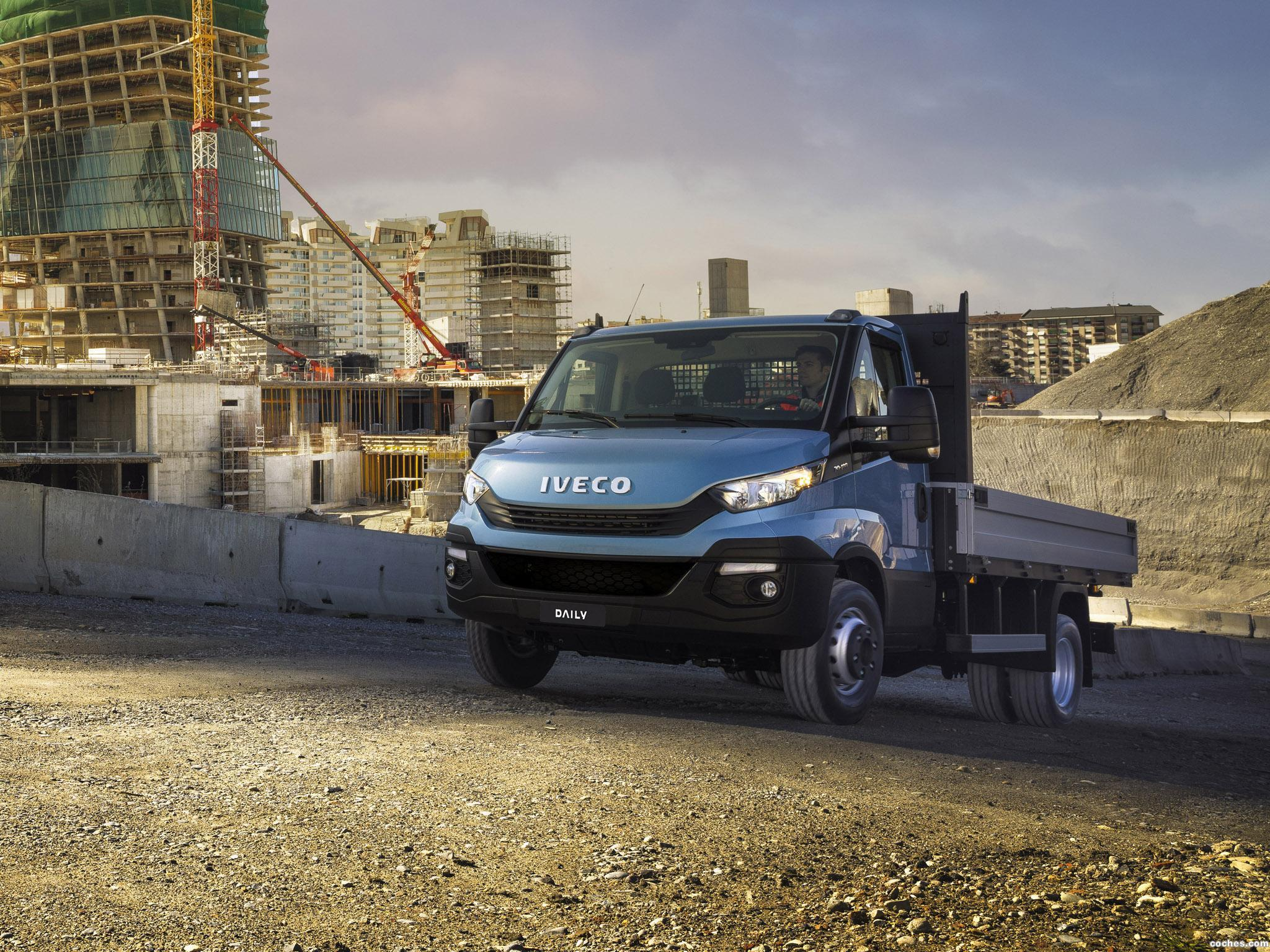 Foto 1 de Iveco Daily 70 Chassis Cabina 2016
