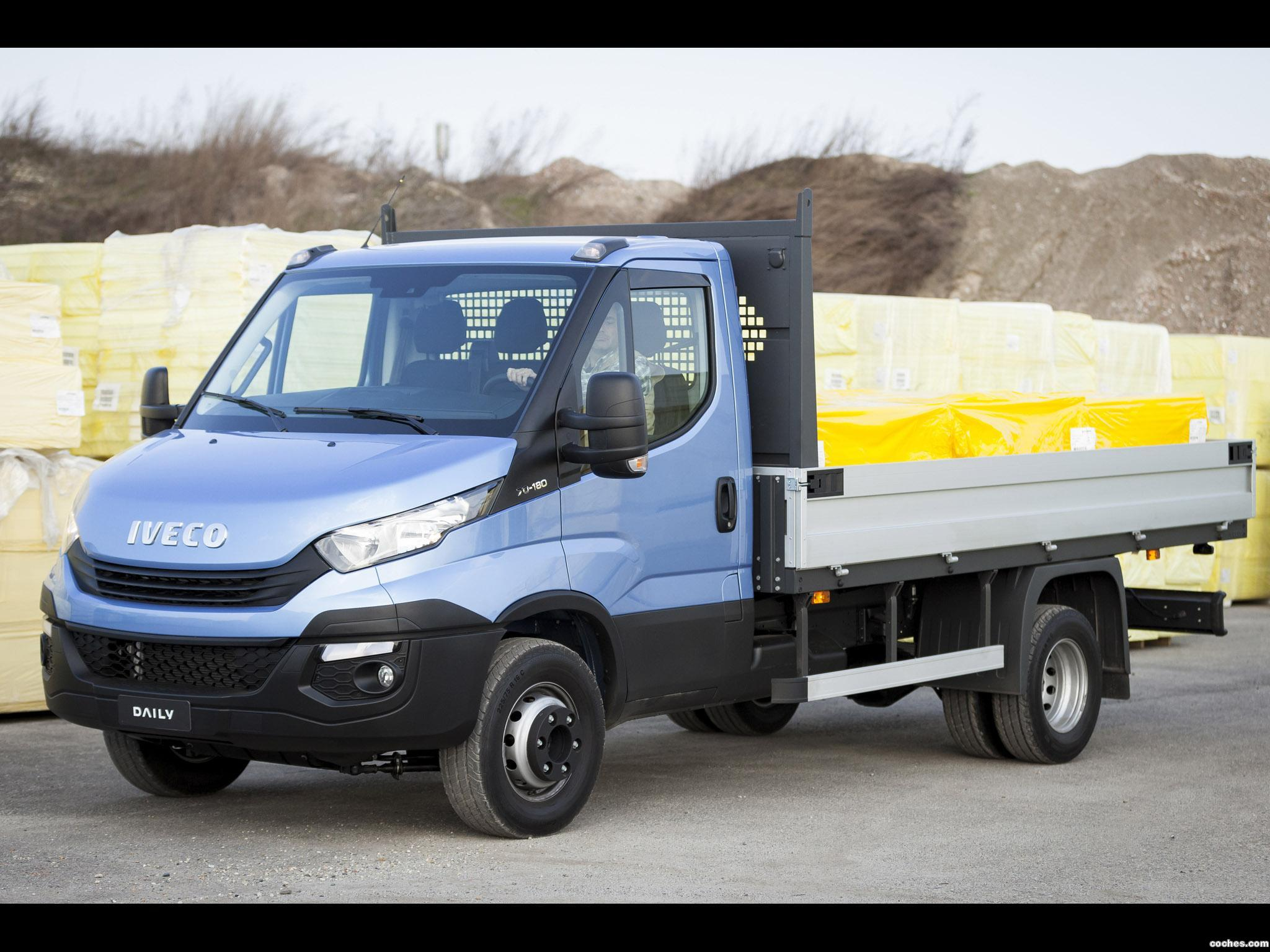 Foto 8 de Iveco Daily 70 Chassis Cabina 2016