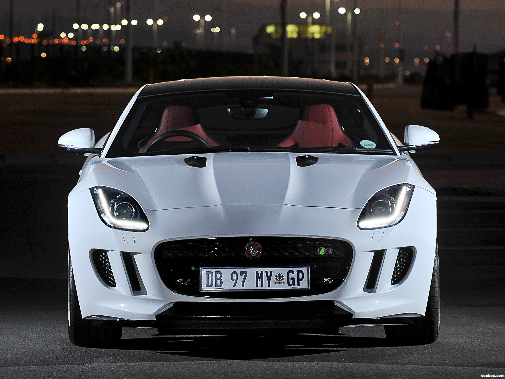 Foto 1 de Jaguar F-Type R Coupe 2014