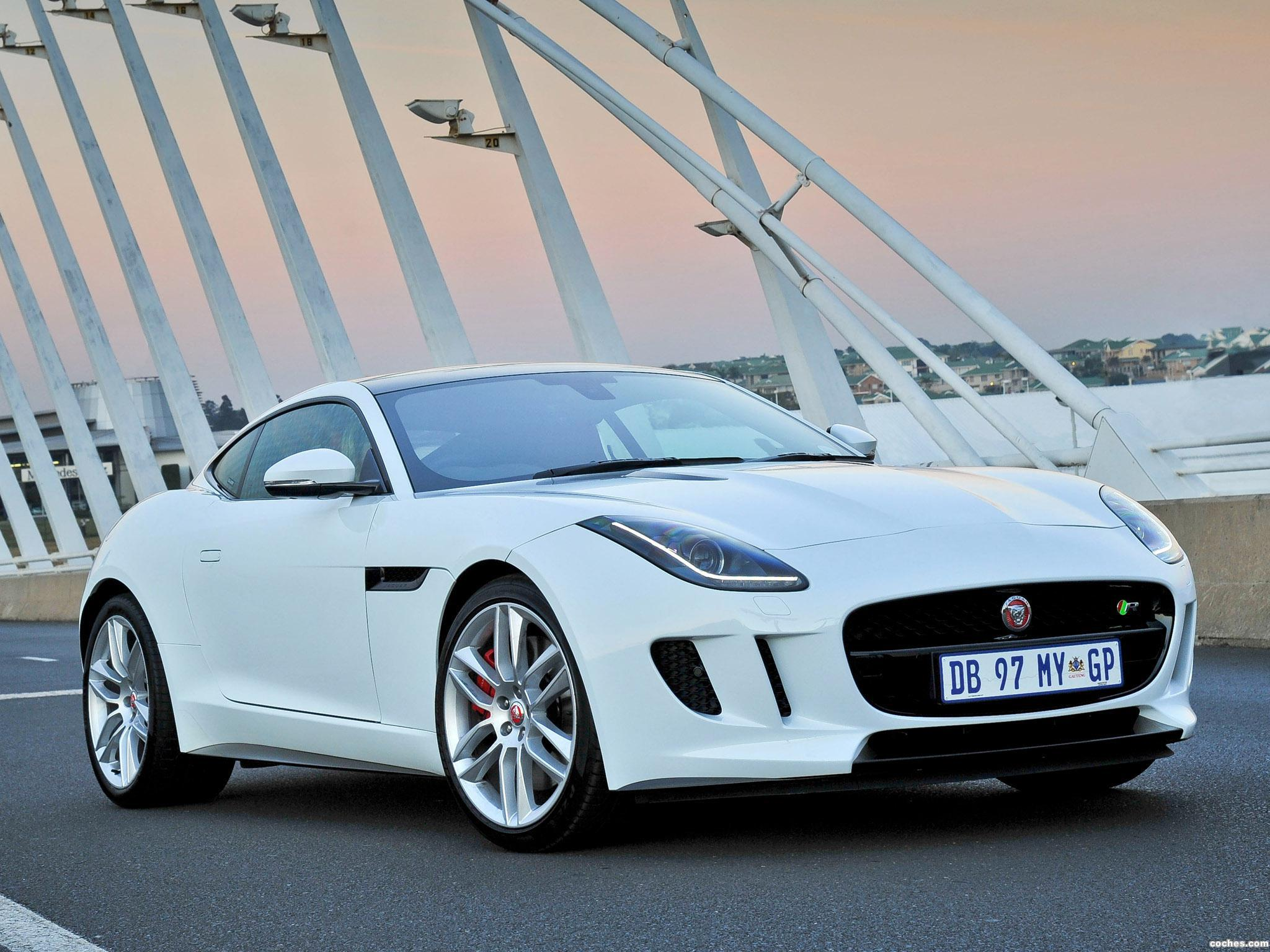 Foto 0 de Jaguar F-Type R Coupe 2014
