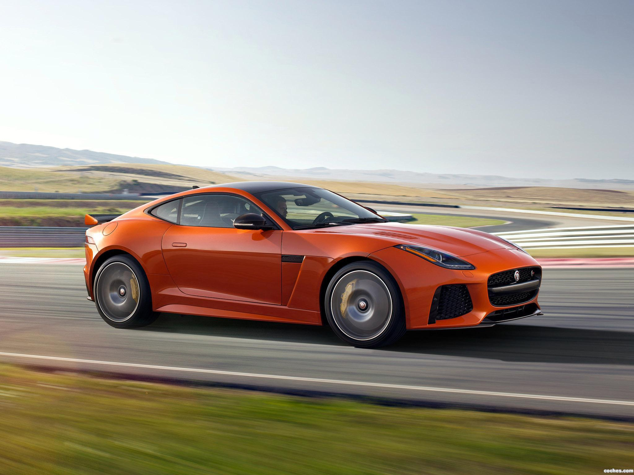 Foto 11 de Jaguar F-Type SVR Coupe 2016