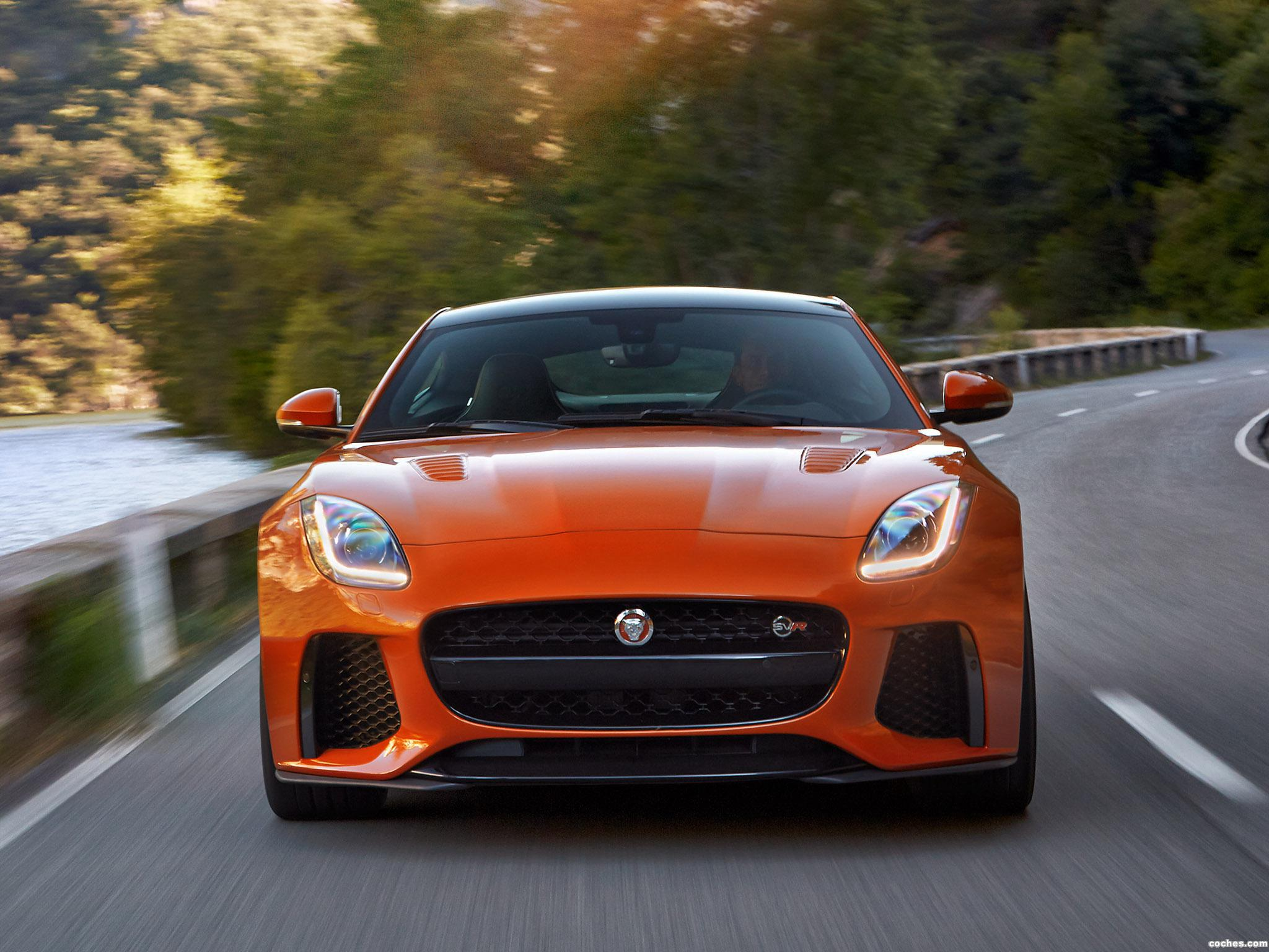 Foto 9 de Jaguar F-Type SVR Coupe 2016