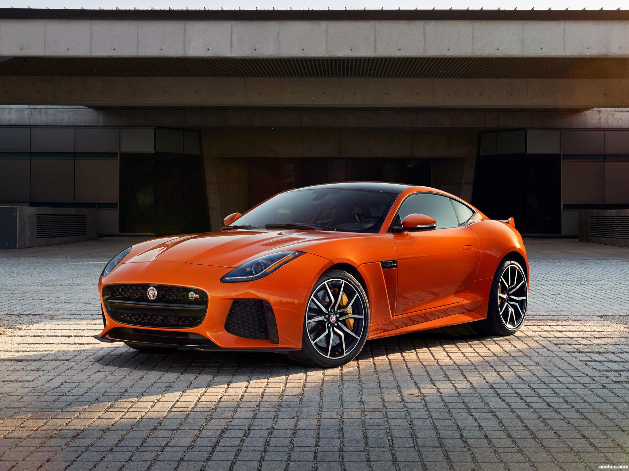 Foto 1 de Jaguar F-Type SVR Coupe 2016