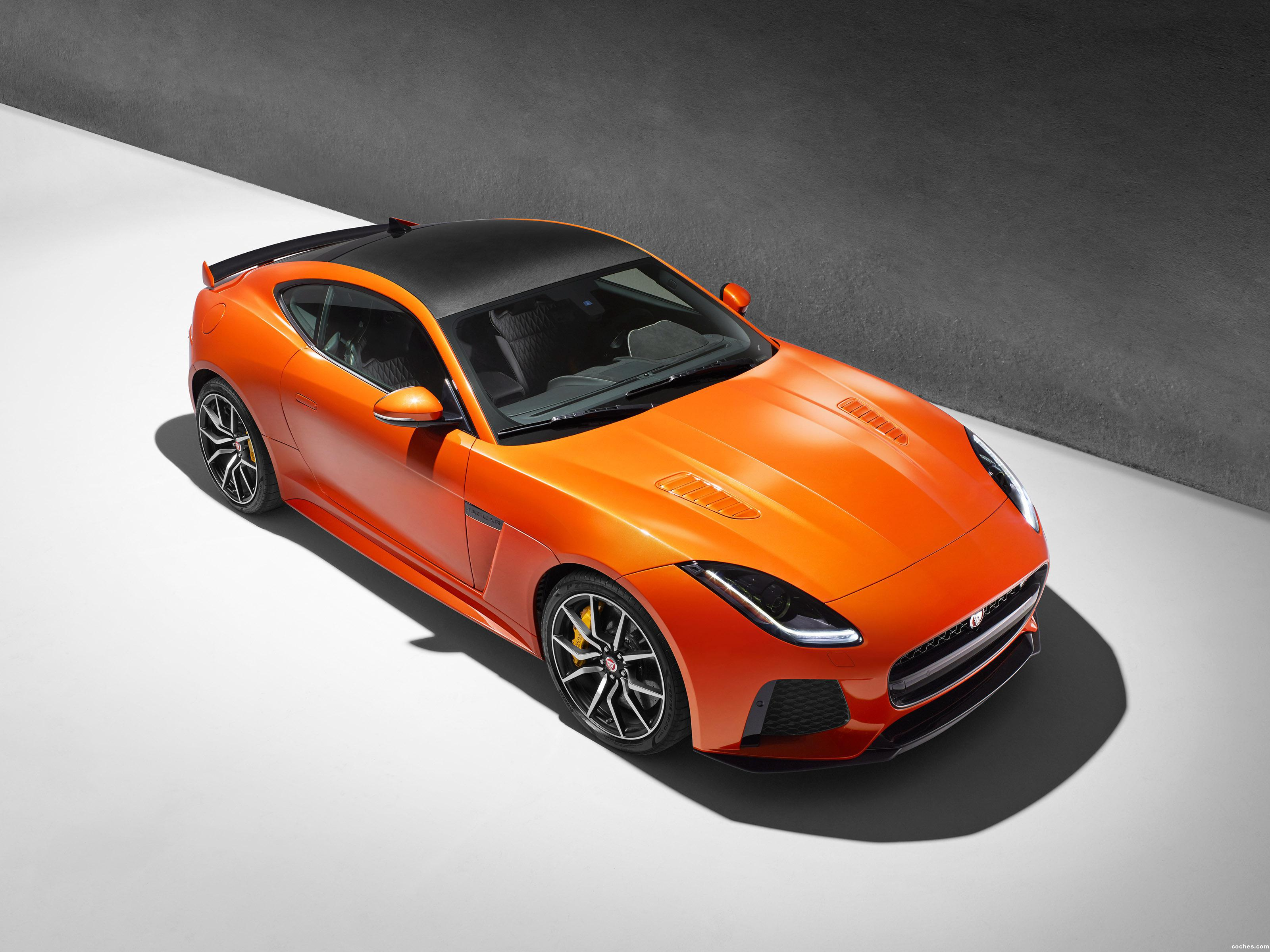 Foto 0 de Jaguar F-Type SVR Coupe 2016