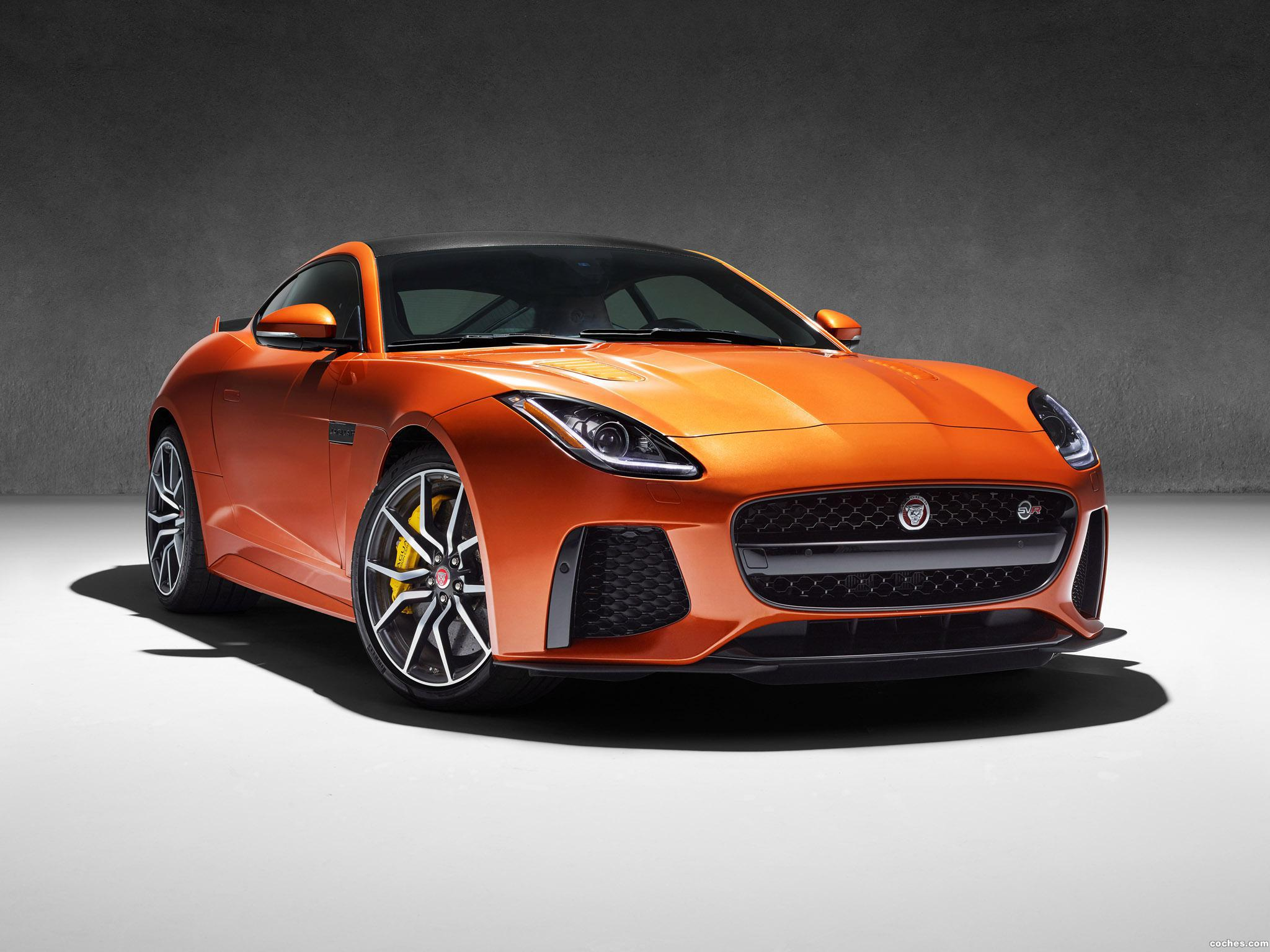 Foto 20 de Jaguar F-Type SVR Coupe 2016