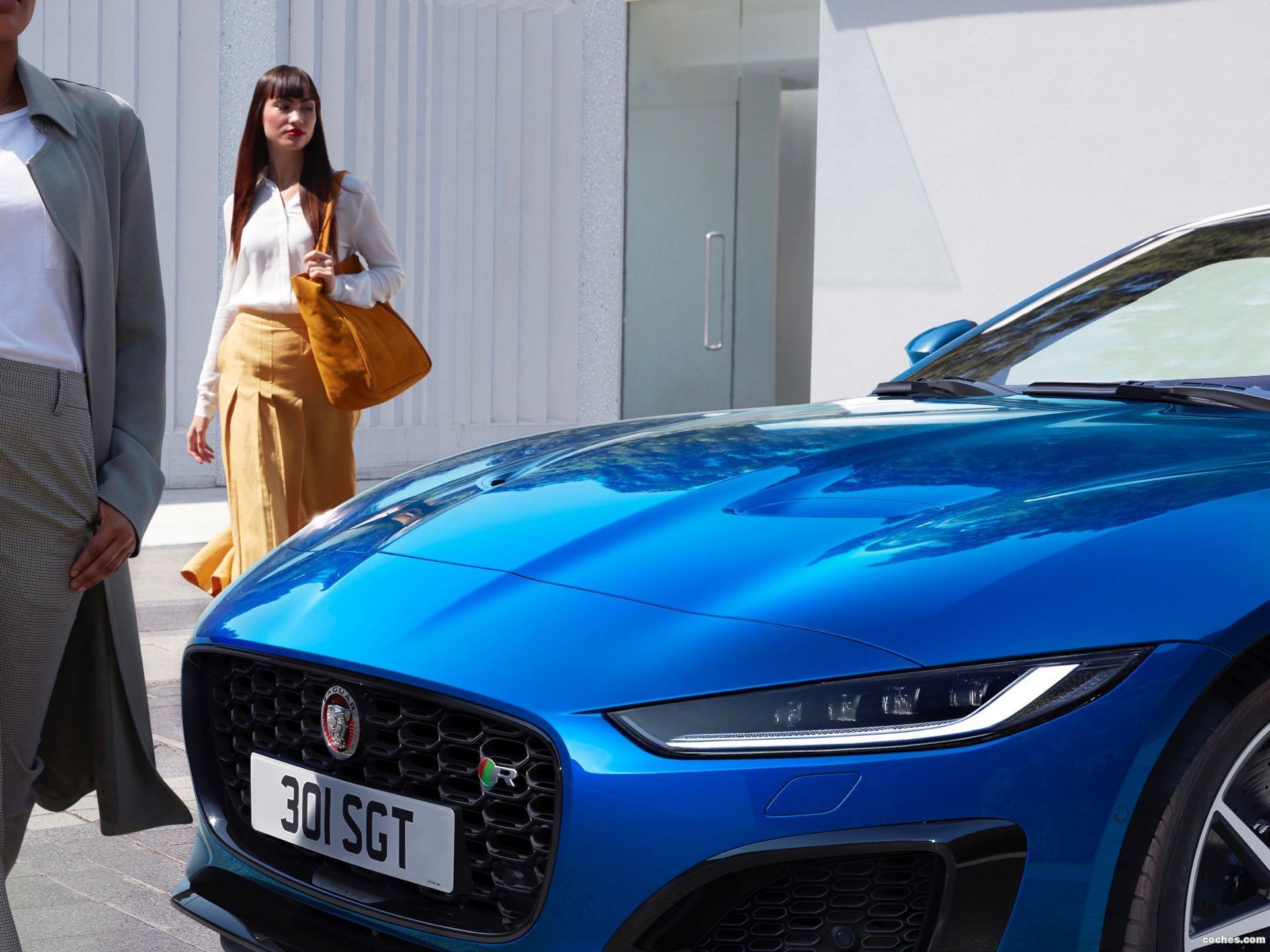 Foto 0 de Jaguar F-Type R Coupe 2020