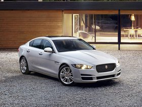 Fotos de Jaguar XE Prestige UK 2015