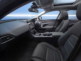 Ver foto 13 de Jaguar XE Prestige UK 2015