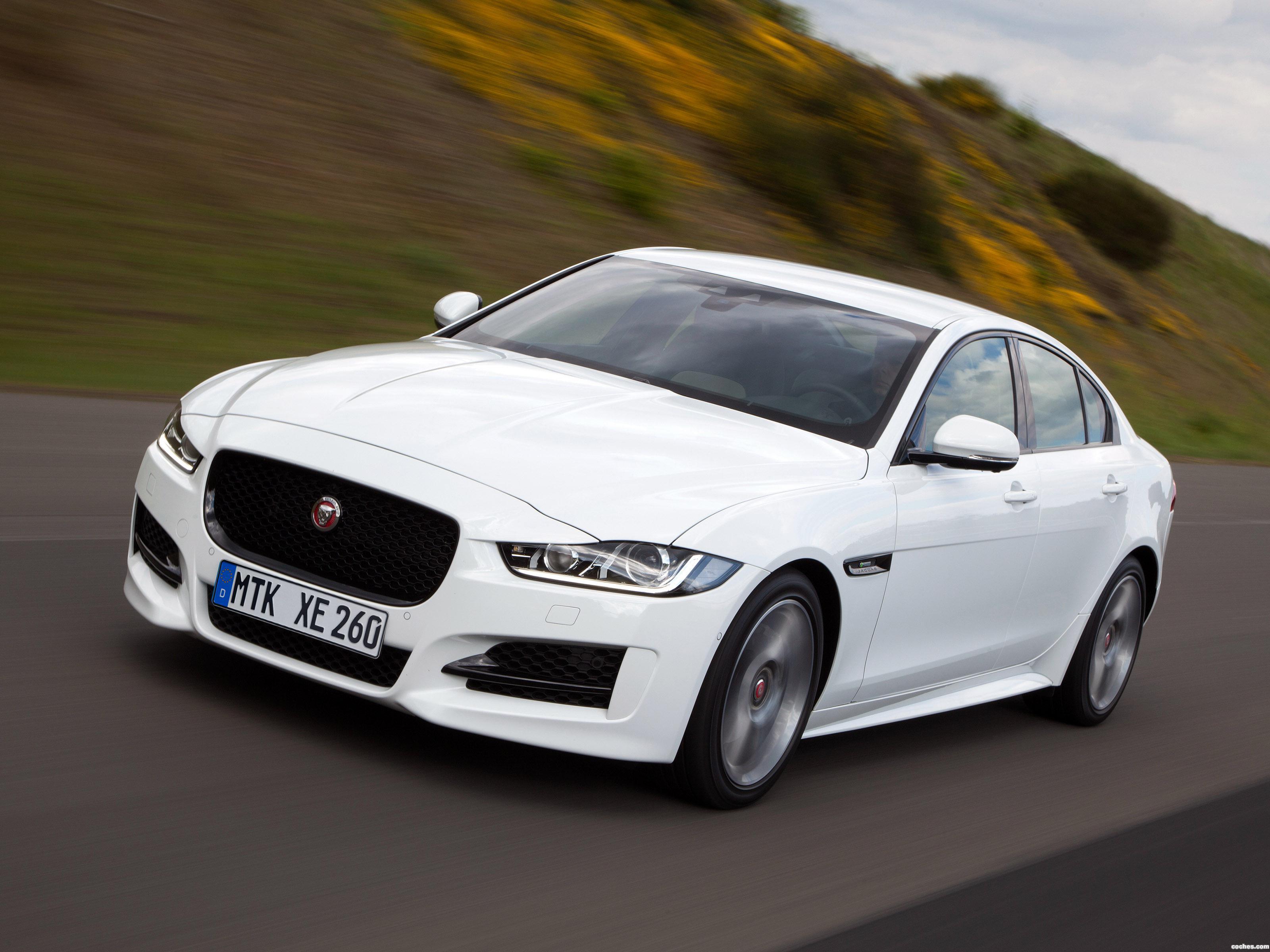 Foto 0 de Jaguar XE R Sport 2015