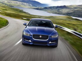 Fotos de Jaguar XE R Sport UK 2015
