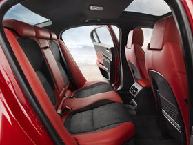 Ver foto 14 de Jaguar XE S 2015