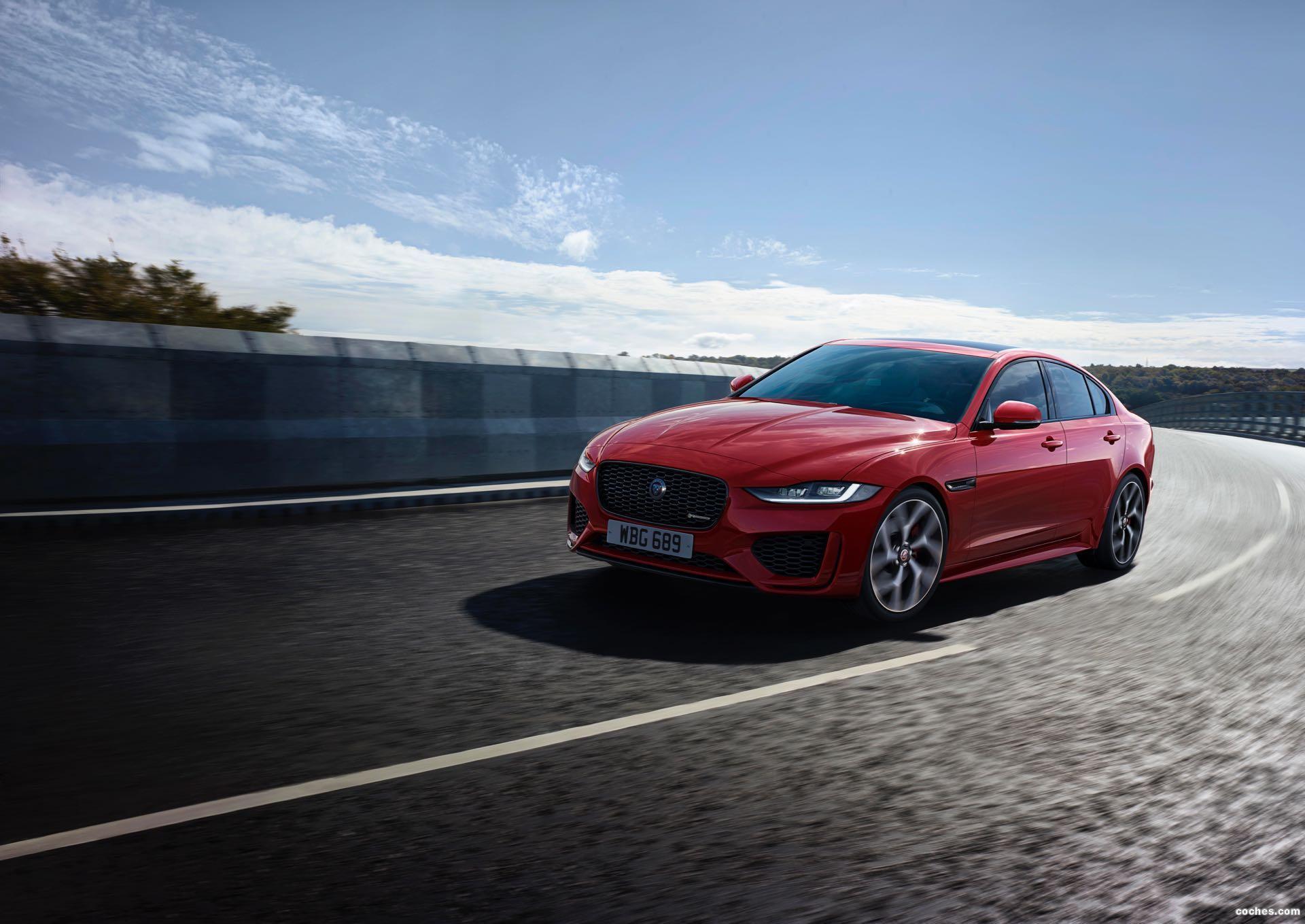 Foto 0 de Jaguar XE R-Dynamic 2019