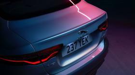 Ver foto 9 de Jaguar XE D180 HSE 2019