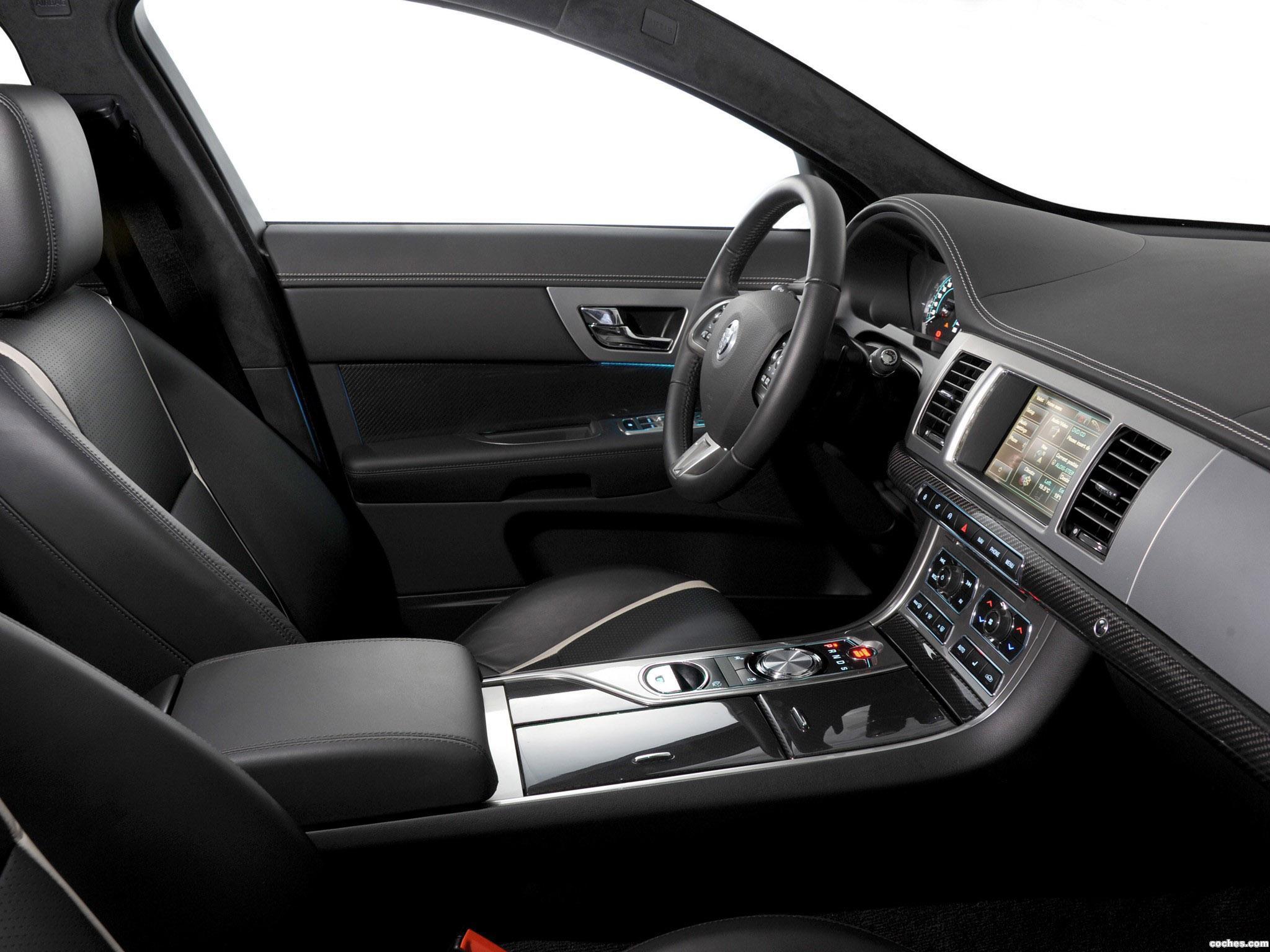 Foto 21 de Jaguar XF Diesel S 2011