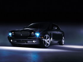 Ver foto 3 de Jaguar XJ Concept Eight 2004