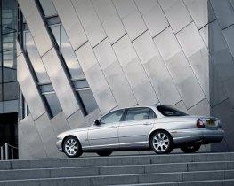 Ver foto 22 de Jaguar XJ8-L 2005