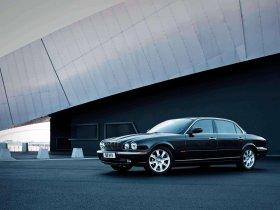 Ver foto 17 de Jaguar XJ8-L 2005