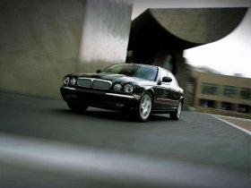 Ver foto 16 de Jaguar XJ8-L 2005