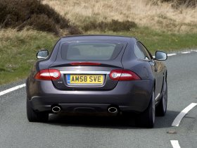 Ver foto 2 de Jaguar XK Coupe UK 2009