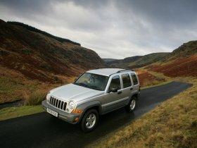 Ver foto 7 de Jeep Cherokee 2005