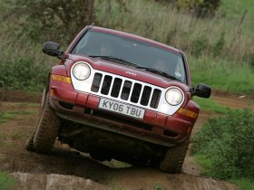 Ver foto 5 de Jeep Cherokee 2005