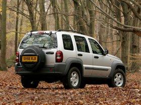 Ver foto 2 de Jeep Cherokee 2005