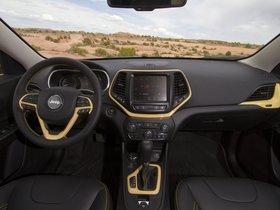 Ver foto 7 de Jeep Cherokee Dakar Concept 2014