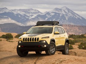 Ver foto 3 de Jeep Cherokee Dakar Concept 2014