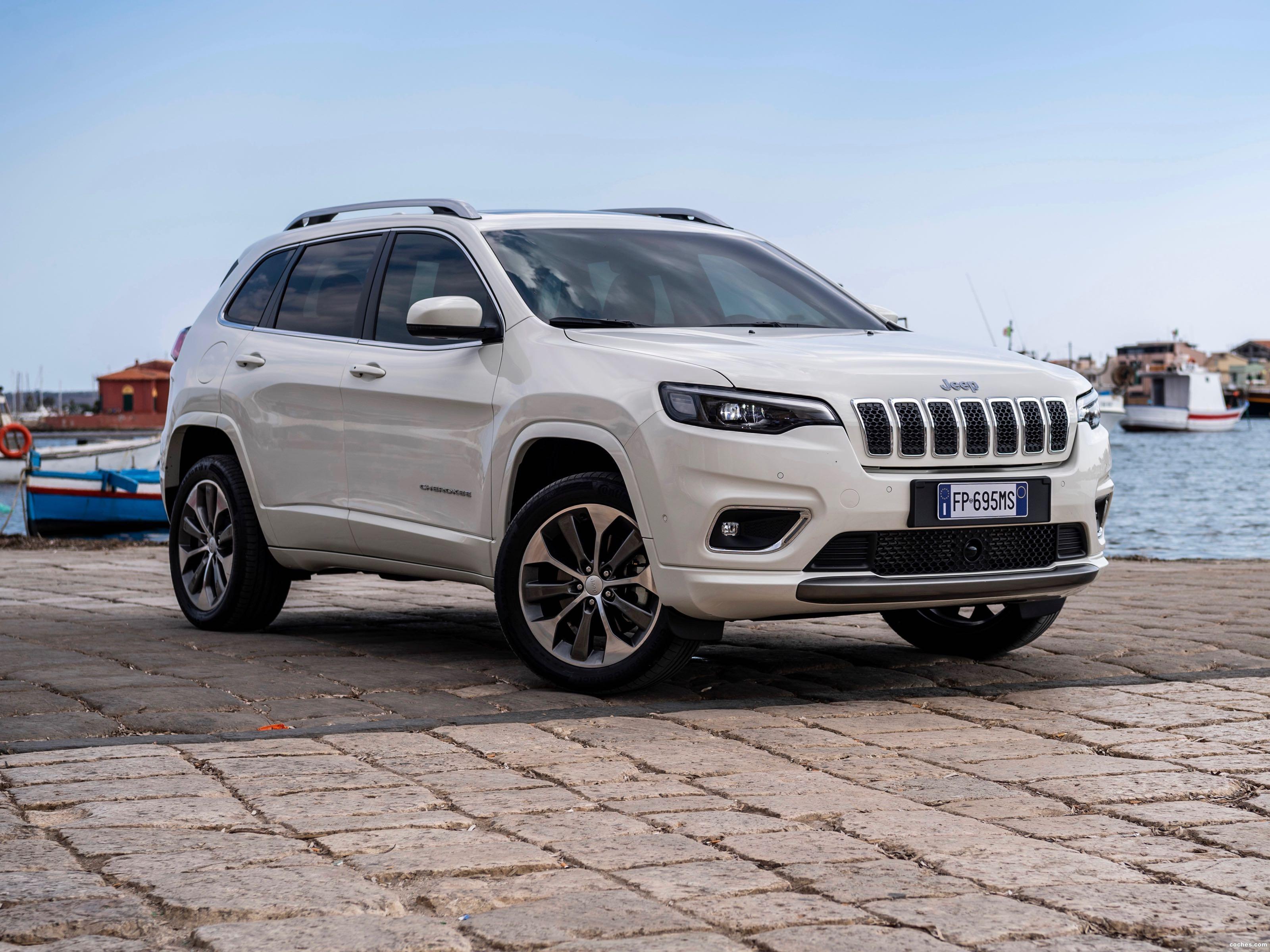 Foto 7 de Jeep Cherokee Overland 2018